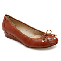 Round toe embroidered decoration wedge simple ladies shoes bangkok