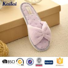 nice innovative design comfy slipper