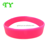 hot sell special america imprint solid color wristband for LOVE