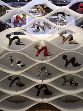 Number One Customized Retail Shoes Display Fixture,Shoes Display Furniture,Shoes Display Design