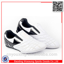 blanco de corte bajo zapatos de los artes marciales karate de taekwondo