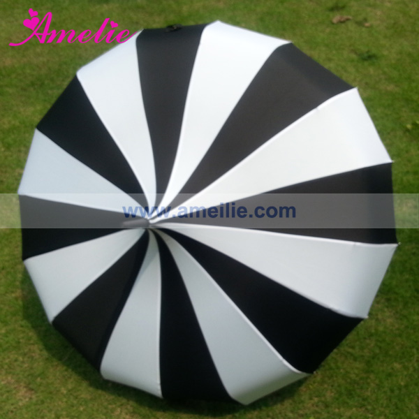 A0456 vintage-inspired pagoda umbrella by Bella (3).jpg