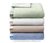 100% polyester plain dyed super soft light weight micro fleece blanket