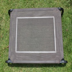 Hot Selling Outdoor Waterproof PVC Mesh Pets at Home Dog Beds Made in China