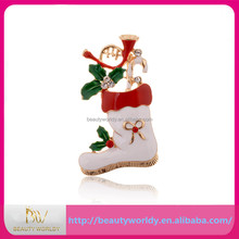 Snow-white Shoes And Red Christmas Tree Shape Brooches Clips For Girls wholesale