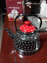 Enamel kettle with white dot