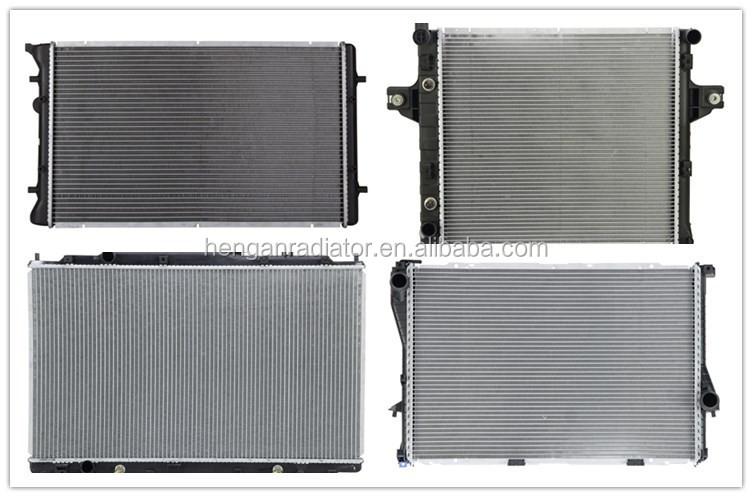 aluminium et de refroidissement d 39 eau en cuivre radiateur auto pa66 gf30 avec radiateur. Black Bedroom Furniture Sets. Home Design Ideas