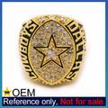 venta al por mayor de diseño personalizado de metal de piedras preciosas de alta graduación de la escuela anillos
