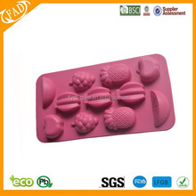 2015 Cool summer fancy new design Customized silicone ice cube tray