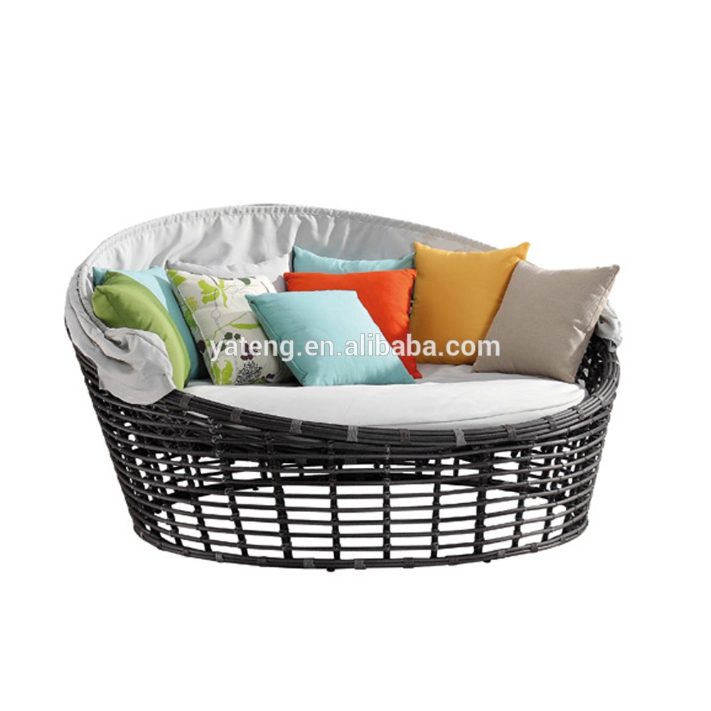 Rattan Daybed Suppliers : Gold outdoor furniture supplier in foshan patio rattan