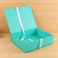 Flip top rigid packaging garment suit boxes