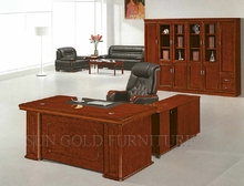 New Style Factory Directly Provide Painting Director Desk (SZ-OD538)
