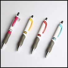 Free sample promotional plastic ball pen in China