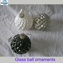 Raised net finish Christmas ornament ball wholesale from China factory