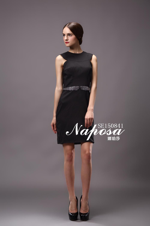 design de moda sem mangas backless frisado ornamento elegante de cetim preto vestido de festa cocktail apertado curto