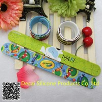 Factory direct sale silicone ruler slap bracelet with print logo and Cartoon characters on bracelet
