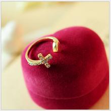 Yiwu factory direct Korean female peach heart diamond cross ring for girls
