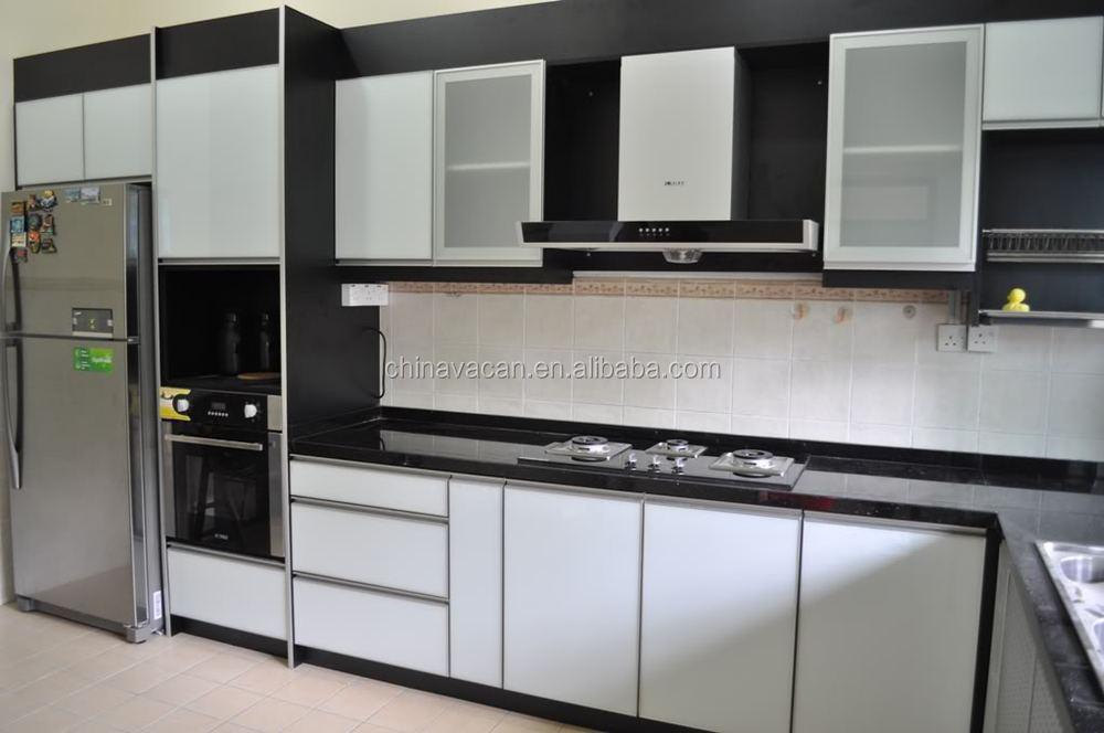 Moderne witte keuken kast glazen deuren met projectcoördinator ...