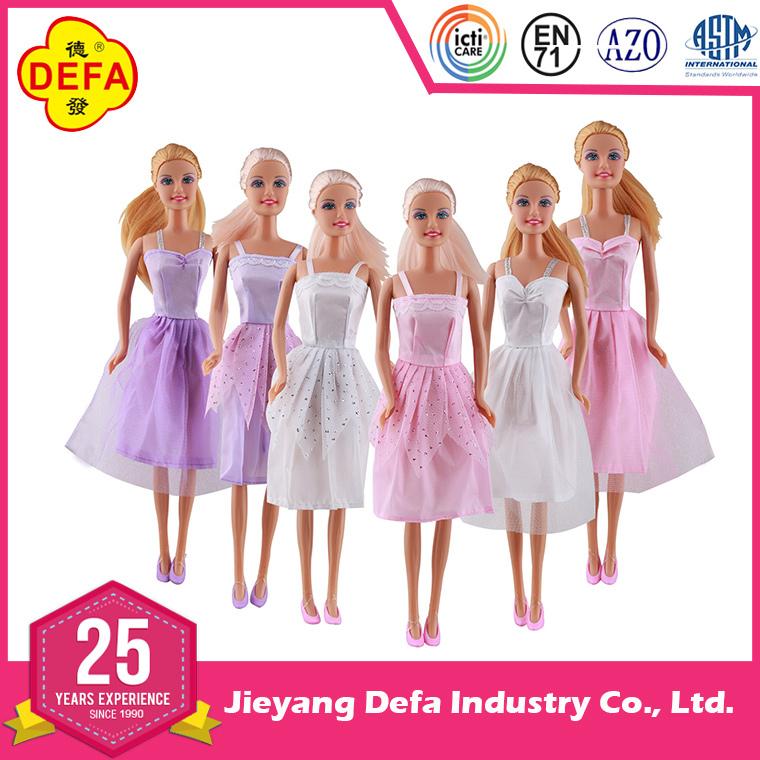 lovely doll barbiee.jpg