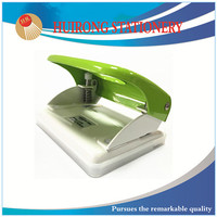 easy to use hole punch,classical paper punch,made in China