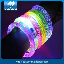 2016 Hot Sale light up bracelet Festive supplies led bracelet flash wrist band glow bracelet well christmas Halloween Party Gift