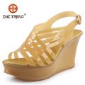 2015 Moda mujeres zapatos sandalias cristal zapados de cuña resistentes al agua transparentes sandalias gelatina