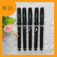 Comfortable soft black barrel plastic gel pen with cap
