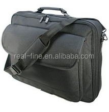 """Quality Black Polyester 16.4"""" , 17"""" , 19"""" (18.4"""" widescreen) Notebook / Laptop bag / case"""