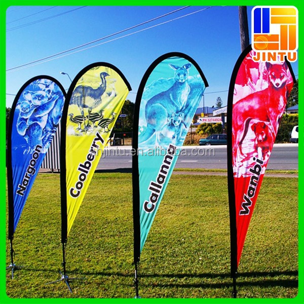 Our custom vinyl banners can be used for all occasions. Birthday party banners make the perfect decoration. Order a graduation banner to celebrate a family member's big achievement.