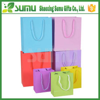 Customized luxury shopping glossy paper bag