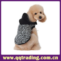 Blak color hooded leopard print knitted model comfortable china pet dog sweater
