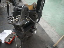 Three Cylinders Tilt Quick Hitch for Volvo EC58 Excavator Made in China