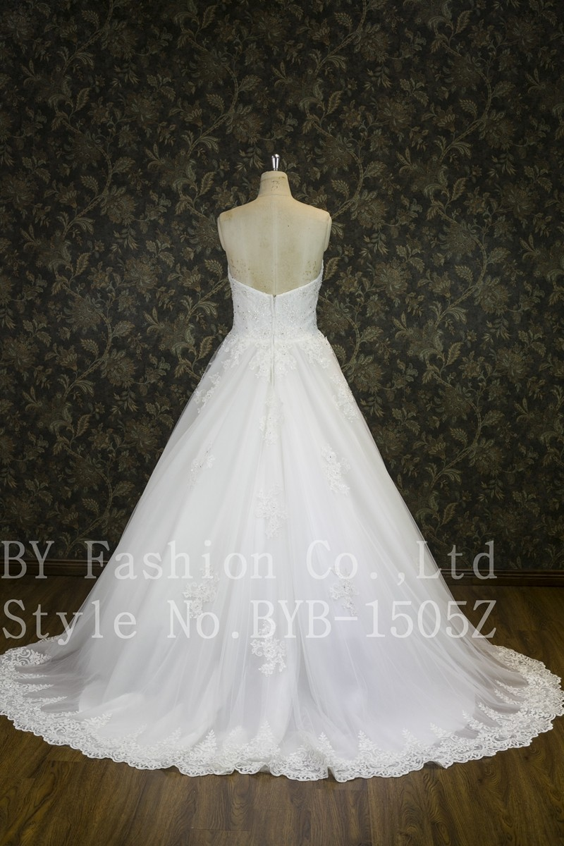 Best Selling Luxury Beaded Lace Detachable Bridal Veils Ball Gown