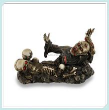 halloween decoration Zombie and Skulls Wine Holder