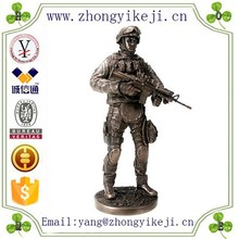 2015 chinese factory custom made handmade carved hot new products cheap army souvenir items of resin soldier statue