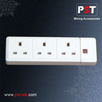 13A 3-G Trailing Socket Outlet with Neon,White