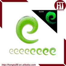 HT New Arrival Pyrex Glass Glow In The Dark Spiral Ear Piercing Stretcher Expander Taper Plugs Kits Body Jewelry