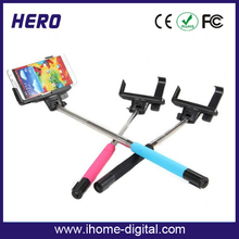 2015 Factory Price Extendable with rechargeable li battery selfie stick
