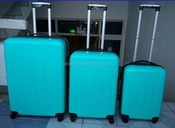 high quality and big volume smile face design crown suitcase