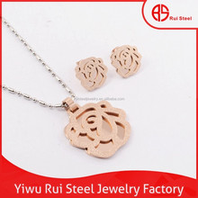 High quality Rui large size titanium rose gold flower jewelry