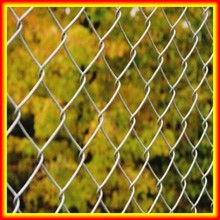 Hebei Basketball / Tennis Chain Link Fence Netting / Sport Chain Link Wire Mesh Fence