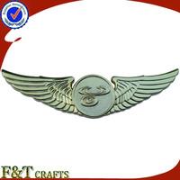 Custom gold metal pilot wings pin badge
