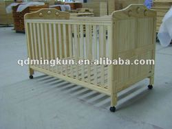 bedroom furniture/baby crib