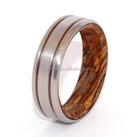 Cheap Beautiful Crafted Wedding Ring for Lover