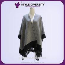 2015 ventas calientes de la alta estándar respetuoso del medio ambiente el último diseño mano suéteres tejidos