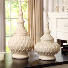 Popular Ceramic Temple decoration on-glazed Jar in White Color For Home Decor