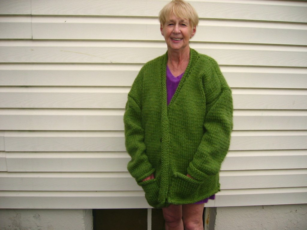 Knitting Patterns Bulky Yarn Sweater : bulky knit sweater