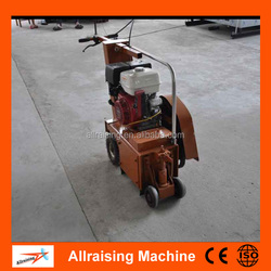 Asphalt road milling machine