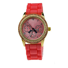 Small 50-100PCS quantity order good quality hot sale two row of stone women watch in mix colour