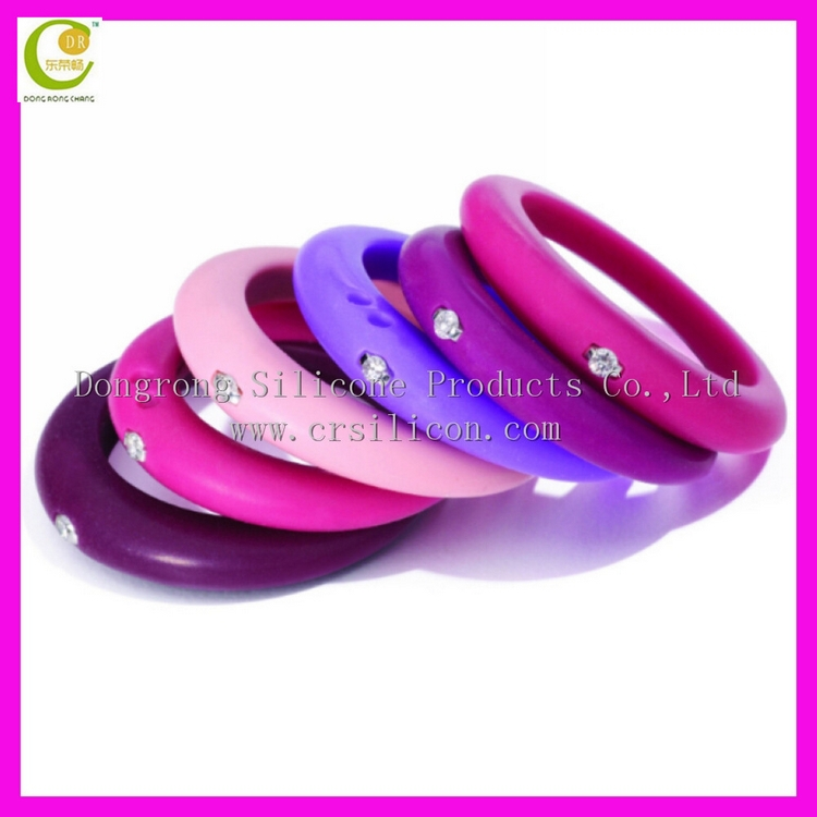 Silicone Ring With Diamond >> Wedding rings with engraved: Silicone womens wedding ring